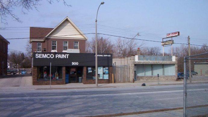 Commercial Building Canada